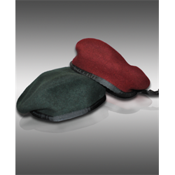 BERET, Green Size 7 5/8